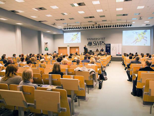 Polonya'da üniversite fiyatları